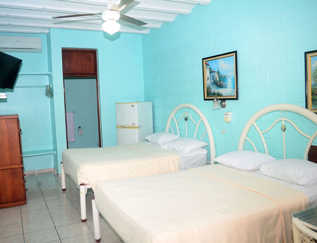 Luxury Double Room with 2 Queen size Bed
