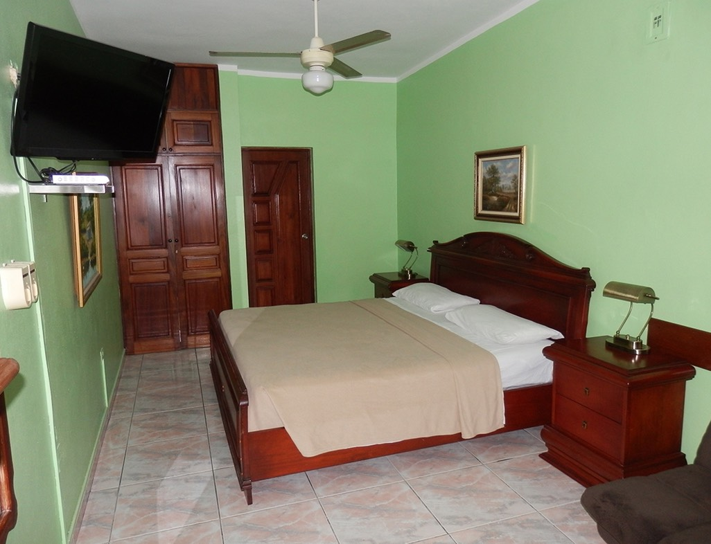 King Suite with King size Bed